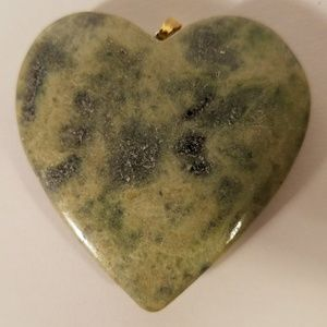 Jewelry - Natural Stone Heart Pendant